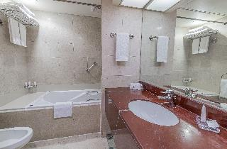 Crowne Plaza Hotel Abu Dhabi - Zimmer