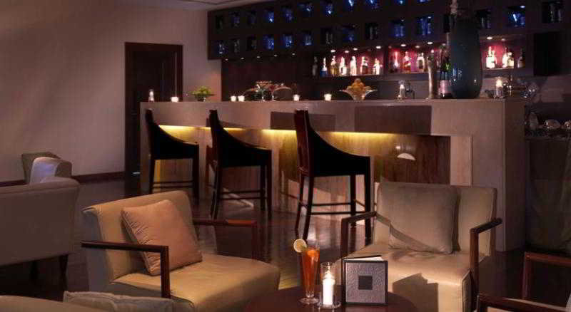 The Radisson Blu Resort Fujairah - Bar