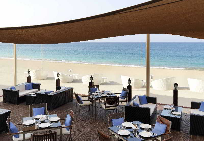 The Radisson Blu Resort Fujairah - Restaurant