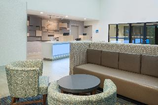 Holiday Inn Express Hotel & Suites Universal