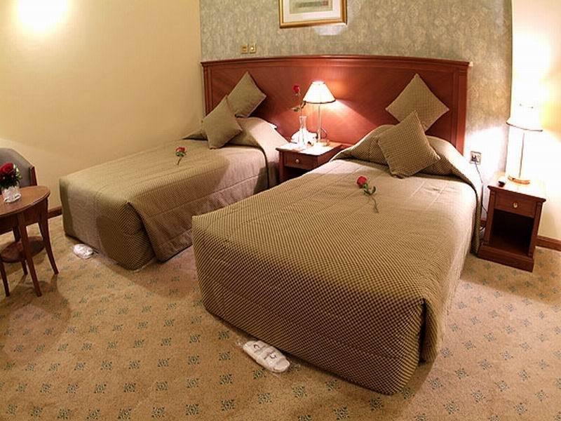 Royal Qatar - Zimmer
