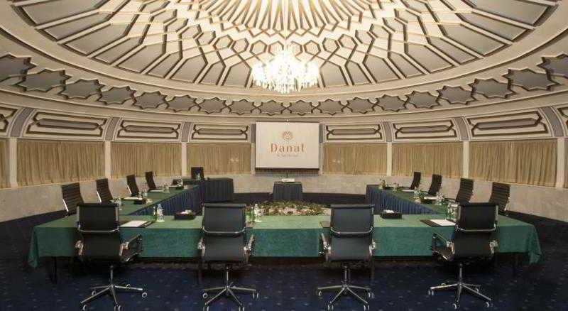 Danat Al Ain Resort - Konferenz