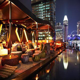 Naumi Hotel - Pool