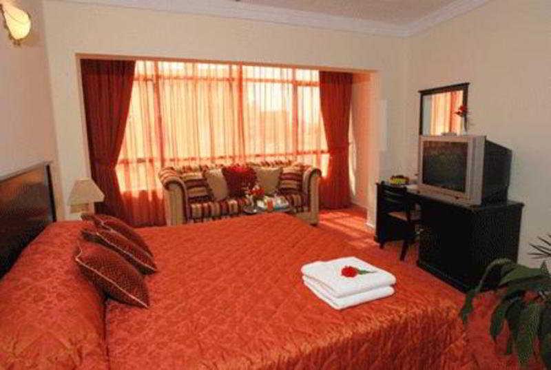 Al Jawhara Metro Hotel - Zimmer