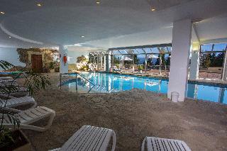 Huinid Bustillo Hotel & Spa - Pool