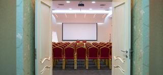 Grand Hotel, Str. Ismail Qemali 11,11