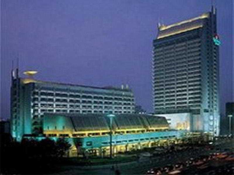 Holiday Inn Hangzhou…, No 289 North Jianguo Road,