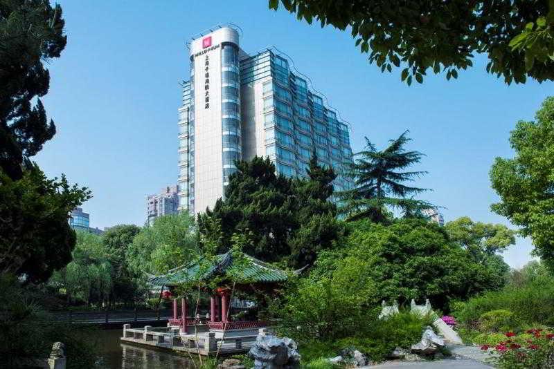 Grand Millennium Shanghai…, 2588 Yanan Road West, Changning…