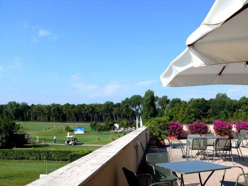 Cosmopolitan Golf & Beach Resort