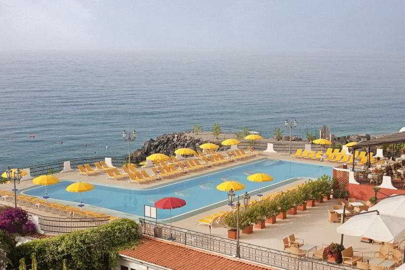 Sterne hotel hilton giardini naxos in taormina area sizilien