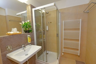 Hotel Antares, Sulekova,15
