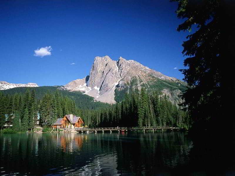 Emerald Lake Lodge
