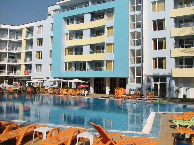 Yassen Apartments - Pool
