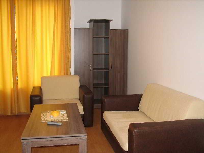 Yassen Apartments - Zimmer