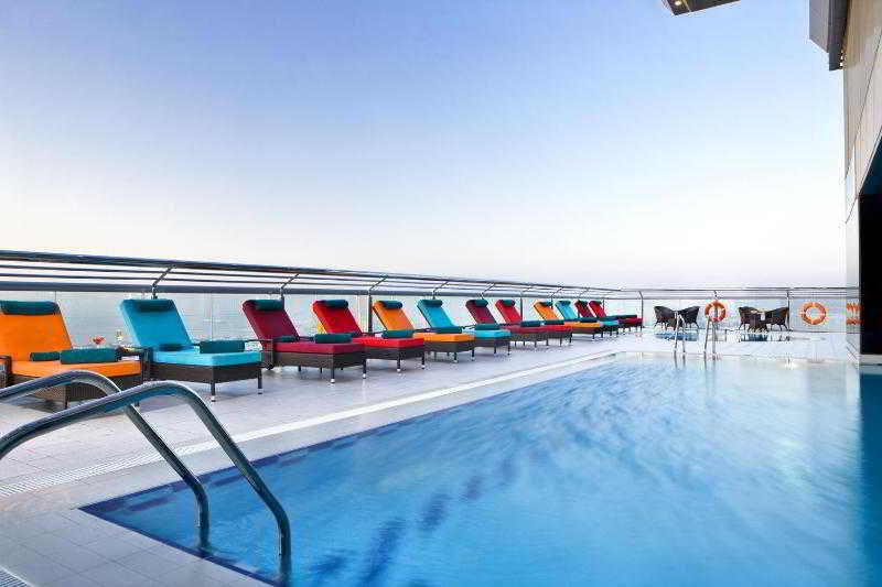 Four Points by Sheraton Sheikh Zayed Road - Pool