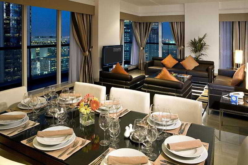 Four Points by Sheraton Sheikh Zayed Road - Zimmer