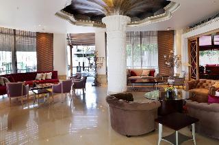 Warwick Palm Beach, Rafic Al Hariri Place, Ain…