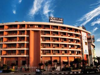 Clarion Hotel Bella…, Cityplex 1,ashram Marg,tonk…