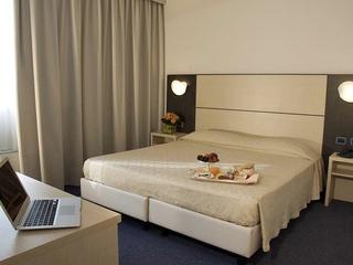 CDH Hotel Villa Ducale, Viale Europa - Angolo Via…