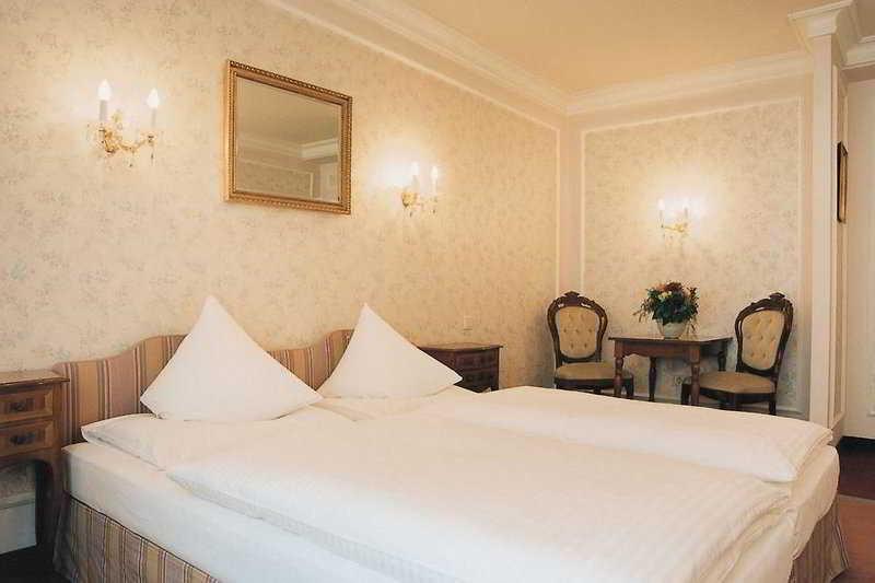 Savoy Garni - Zimmer