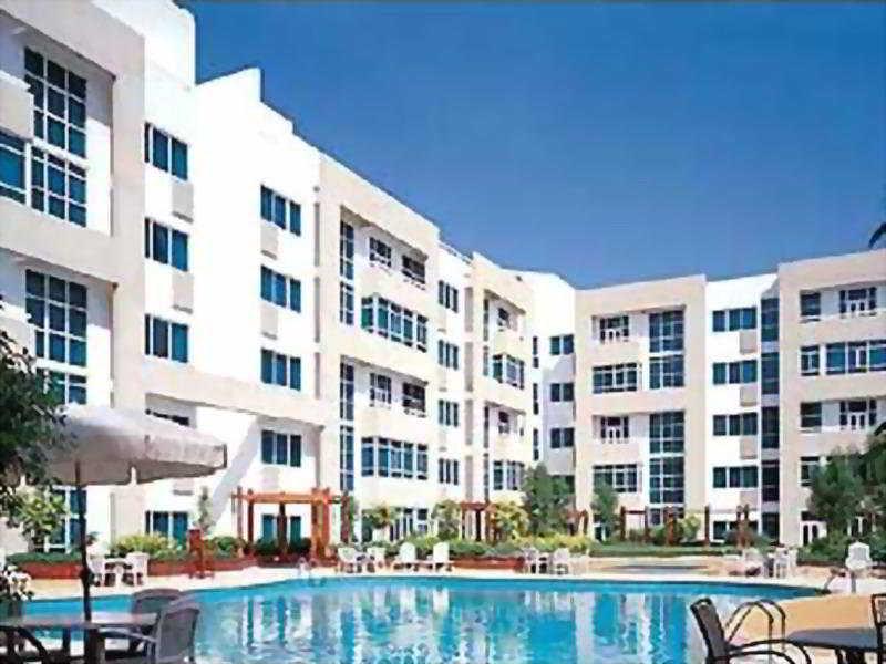 Elite Seef Residence - Pool
