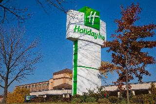 Holiday Inn North Shore, 5300 Touhy Avenue,5300