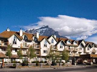 Banff Hotels:Rundlestone Lodge Banff