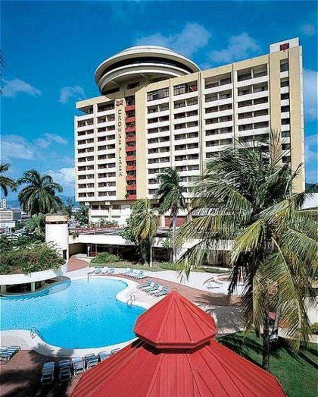 Capital Plaza Hotel, Wrightson Rd & London St…