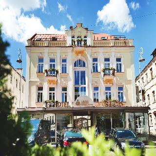 Artis Centrum Hotels, Totoriu 23,23