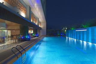 The Westin, Dhaka - Pool