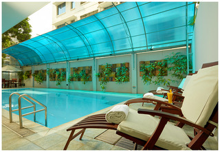 Royal Park Residence - Pool
