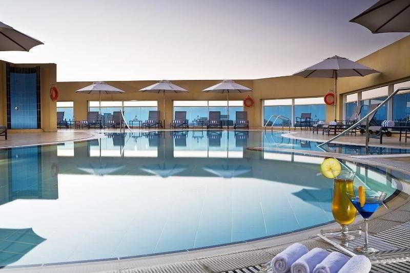 Four Points by Sheraton Downtown Dubai - Pool