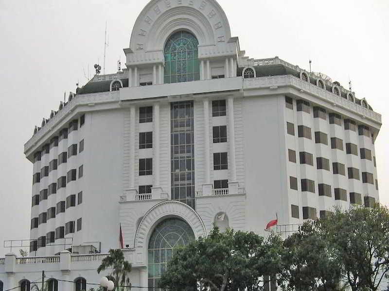 De Rivier Hotel, Jl. Kali Besar Barat 44-46…