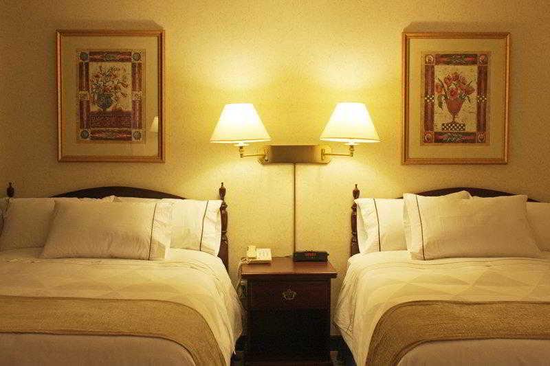 Best Western Roehampton Hotel And Suites