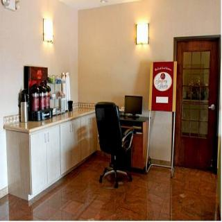 Quality Suites South, East Saint Elmo Road,1701