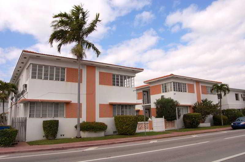 Villa Harding Suites…, 8118 Harding Ave,