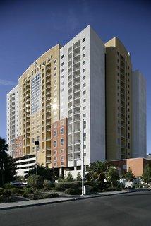 Platinum Hotel & Spa