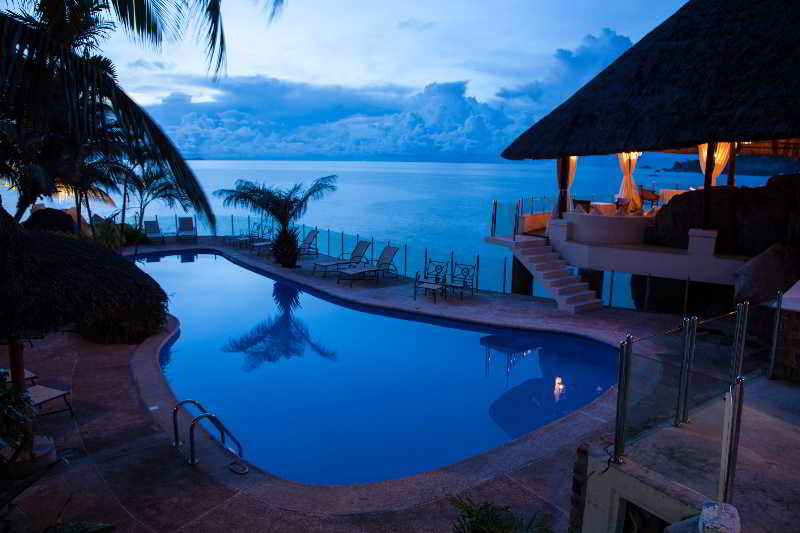 Sunset Beach Hotel - Pool