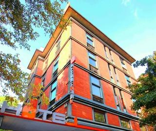 Orange Hotel, Via Crescenzio,86
