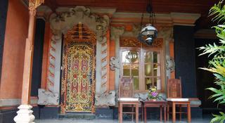Stana Puri Gopa & Spa, Jl. Kesuma Sari No. 4,4