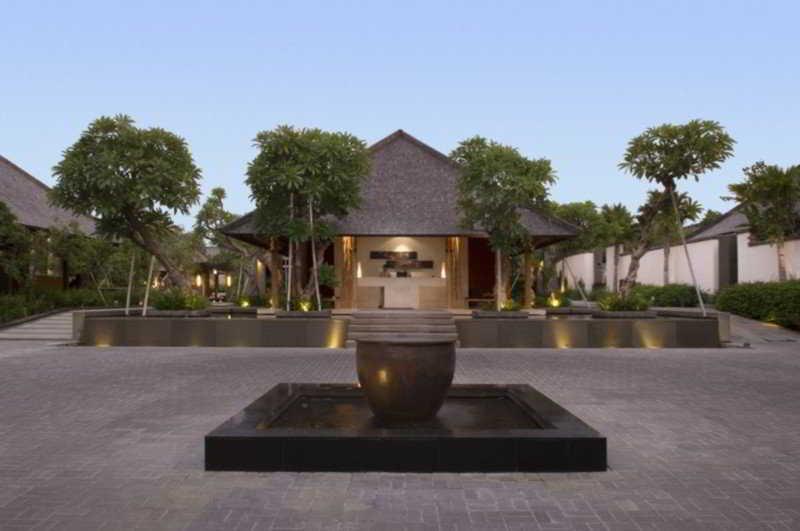 Villa Air Bali, Jl. Lebak Sari Petitenget…