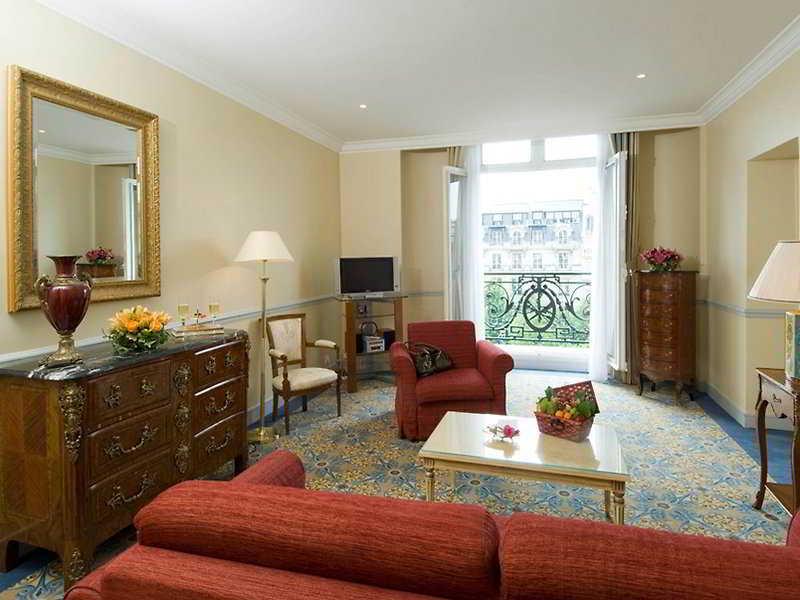 Le Claridge Champs - Elysees Fraser Suites