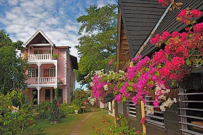 Firefly Beach Cottages, Norman Manley Boulevard,