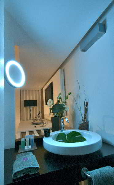 Una hotel one spa wellness siracusa for Hotel con spa a siracusa