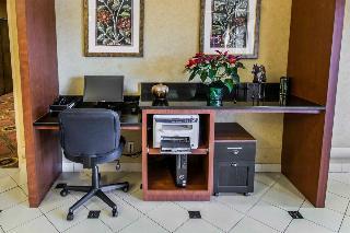 Comfort Suites Jacksonville, 7019 Commonwealth,