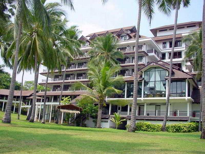 Rayong Resort Hotel, Moo 1, T. Ban Phe, A. Muang,186