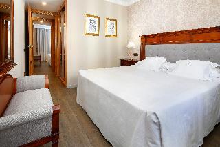 Hispanos 7 Suiza Apartament-Restaurant
