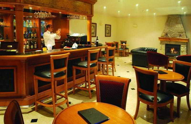 Villa Huinid Lodge - Bar
