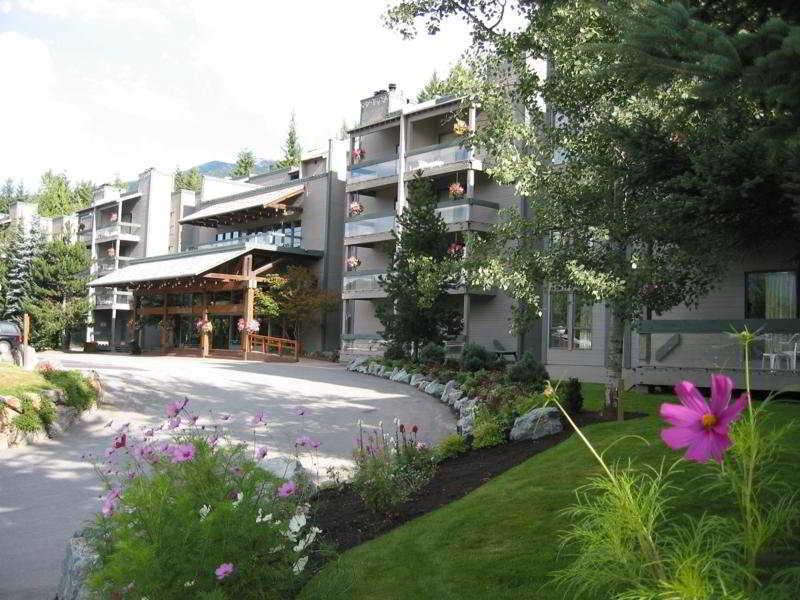 Tantalus Resort Lodge, 4200 Whistler Way,