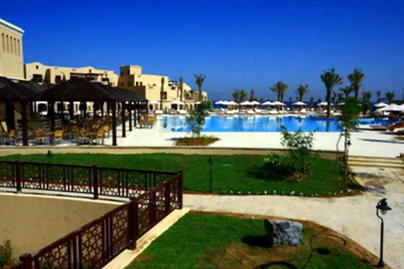 Miramar Al Aqah Beach Resort Fujairah - Pool